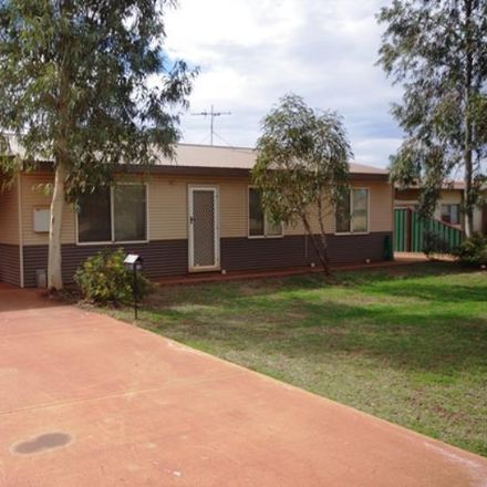 Rent this 3 bed house on 4a Moondoorow Street