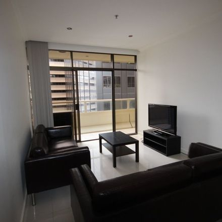 Rent this 3 bed apartment on 1006/39 Grenfell Street