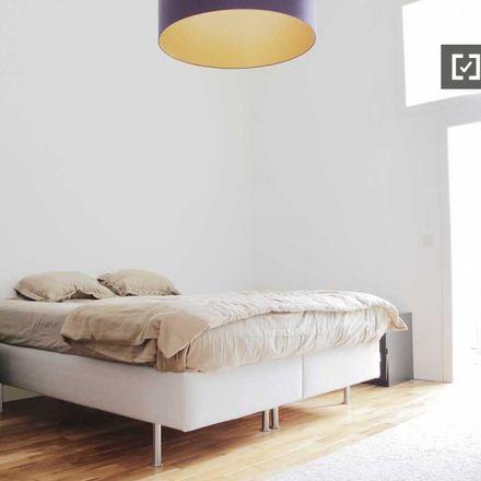 Rent this 1 bed apartment on Rue d'Alsace-Lorraine - Elzas-Lotharingenstraat 17 in 1050 Ixelles - Elsene, Belgium