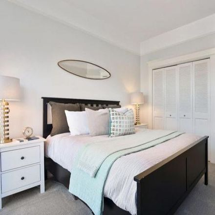 Rent this 3 bed condo on 3171;3173;3175;3177;3179;3181 California Street in San Francisco, CA 94115