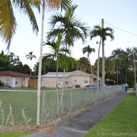 Rent this 3 bed duplex on NE 171st St in North Miami Beach, FL