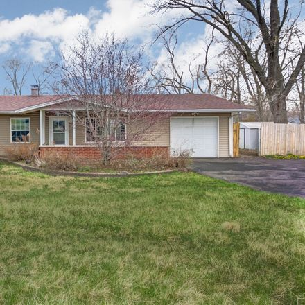 Rent this 3 bed house on 910 Thornton Street in Lockport, IL 60441
