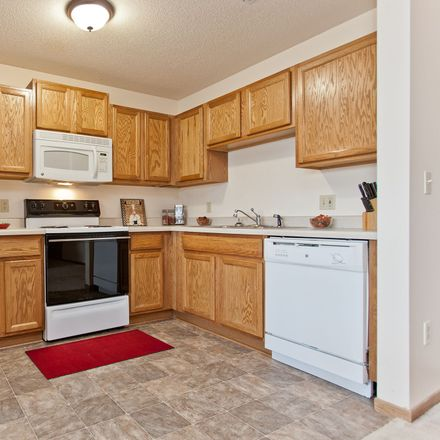 Rent this 2 bed apartment on I 380;IA 27 in Cedar Rapids, IA 52402