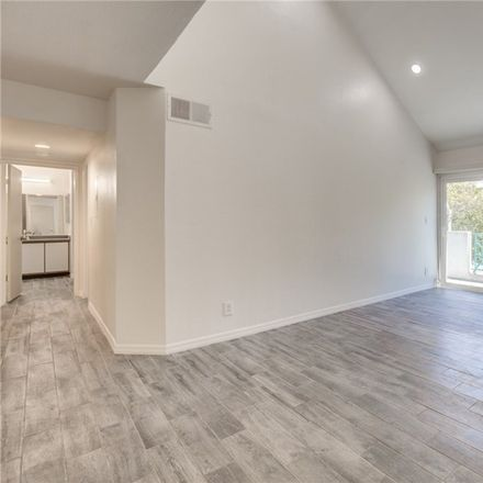 Rent this 2 bed loft on 434 East Spruce Avenue in Inglewood, CA 90301