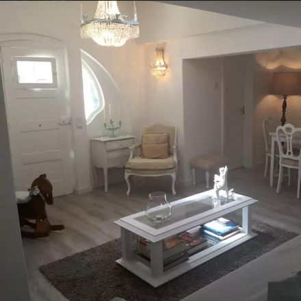 Rent this 2 bed apartment on 2765-126 Galiza