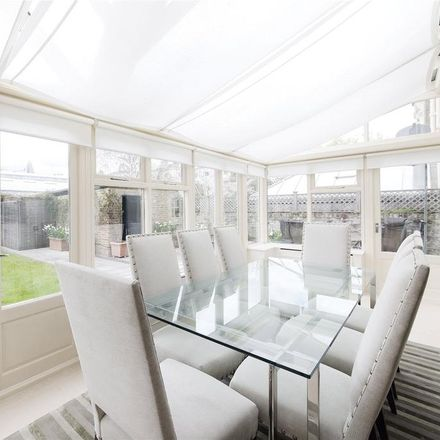 Rent this 2 bed apartment on 17 Warwick Avenue in London W9 1AB, United Kingdom