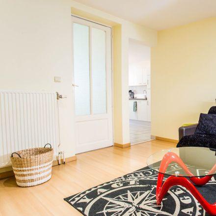 Rent this 2 bed apartment on Rue Général Wangermée - Generaal Wangerméestraat 6 in 1040 Etterbeek, Belgium