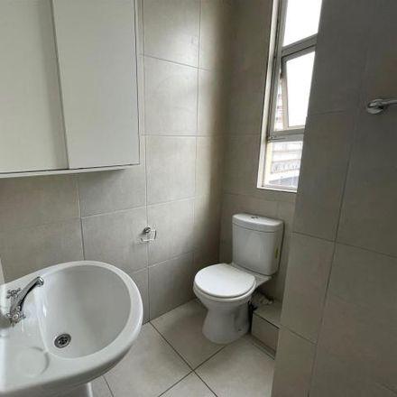 Rent this 2 bed apartment on Goodwood Post Office in Voortrekker Road, Goodwood Estate