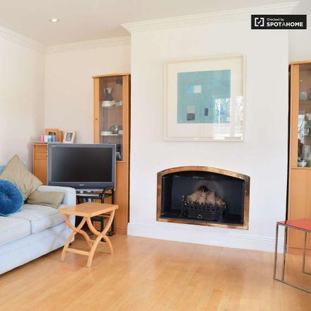 Rent this 1 bed room on Tivoli House in Grosvenor Villas, Rathgar