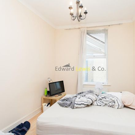 Rent this 2 bed apartment on Rectory Road United Reformed Church in Rectory Road, London N16 7QL
