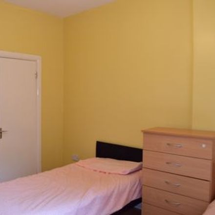 Rent this 1 bed room on Dublin in Drumcondra South B ED, L