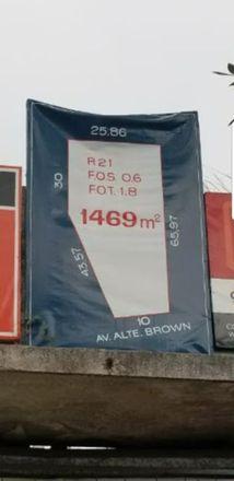 Rent this 0 bed townhouse on Almirante Brown 3143 in Partido de Lomas de Zamora, B1832 AHQ Temperley