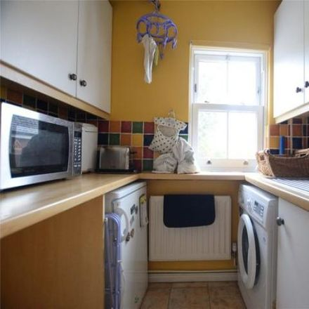 Rent this 3 bed house on College Road in Sandhurst GU47 0QZ, United Kingdom