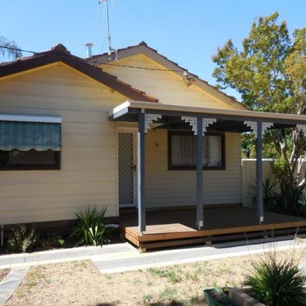 Rent this 3 bed house on 25 Waratah Street