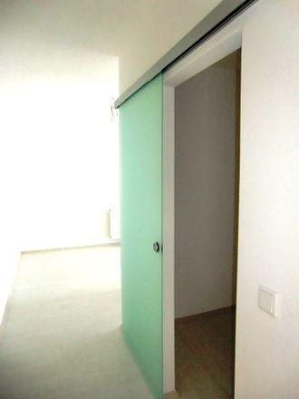 5 Bed House At Nachtigallstrasse 11 40625 Dusseldorf
