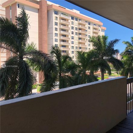 Rent this 2 bed condo on 600 Biltmore Way in Coral Gables, FL 33134