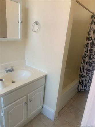 Rent this 1 bed townhouse on 35 Union Court in New London, CT 06320