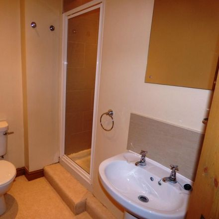 Rent this 2 bed apartment on Old Bell Inn in Huddersfield Road, Oldham OL3 5ET