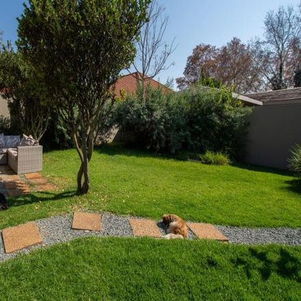 Rent this 2 bed house on Muirfield Road in Greenside, Rosebank