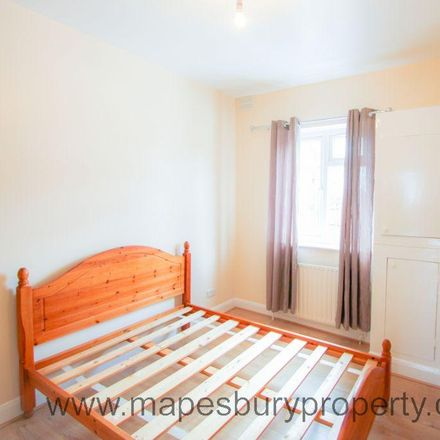 Rent this 1 bed apartment on Ever Rose Express in 203 Cricklewood Broadway, London NW2 3EB