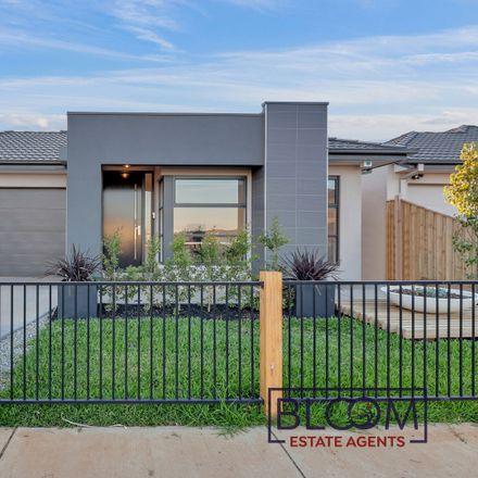 Rent this 4 bed house on 39 Rosette Crescent