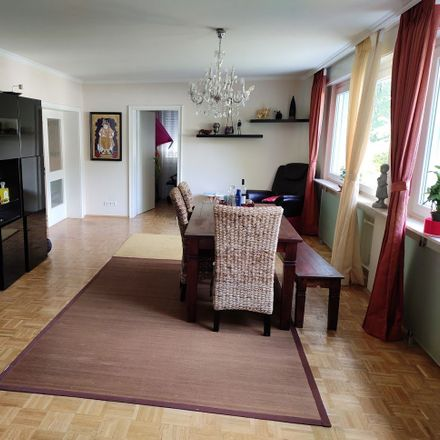 Rent this 2 bed apartment on Kantstraße 39 in 40667 Meerbusch, Germany