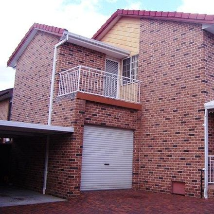 Rent this 3 bed townhouse on 16/100 Kissing Point Road