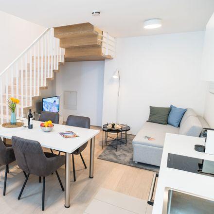 Rent this 3 bed apartment on Liechtensteinstraße 90 in 1090 Vienna, Austria