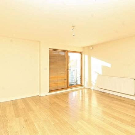 Rent this 2 bed apartment on Hainault Street in London IG1 4EJ, United Kingdom