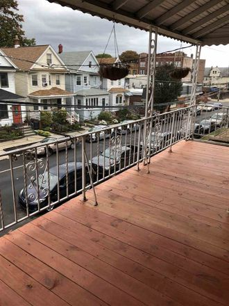 Rent this 3 bed apartment on 20 West 40th Street in Bayonne, NJ 07002