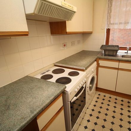 Rent this 2 bed apartment on Grantham Library in Welby Street, Grantham NG31 6EA