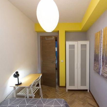 Rent this 6 bed apartment on 28807 Alcalá de Henares