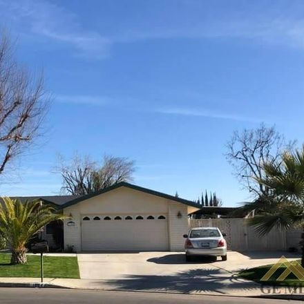 Rent this 3 bed house on 1304 Manning Street in Bakersfield, CA 93309