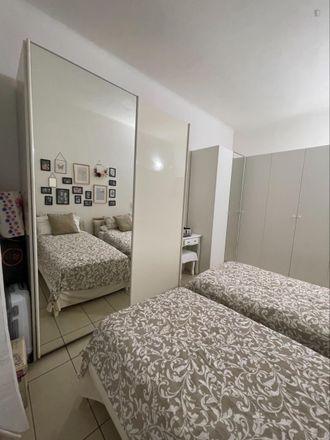 Rent this 2 bed room on Pizza Italiana in Via Giulio Tarra, 20125 Milan Milan