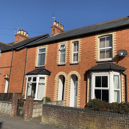 Rent this 3 bed house on Clifton Road in Speen RG14 5JT, United Kingdom