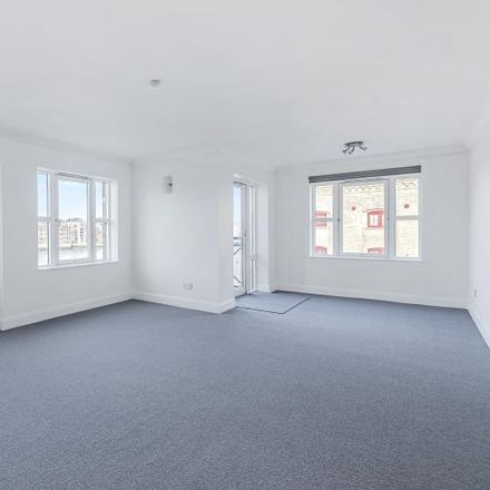 Rent this 2 bed apartment on Windsor Court in Rotherhithe Street, London SE16 5QS
