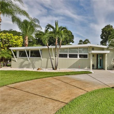 Rent this 3 bed house on Plum St S in Saint Petersburg, FL