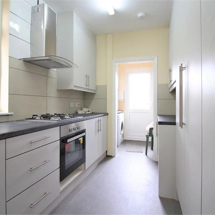 Rent this 4 bed house on Kenton Avenue in London UB1 3QF, United Kingdom