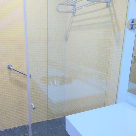 Rent this 1 bed apartment on Pizza Estación in Carrera 4, UPZ La Candelaria