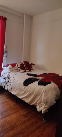 Rent this 3 bed room on 260 Convent Ave in New York, NY 10031