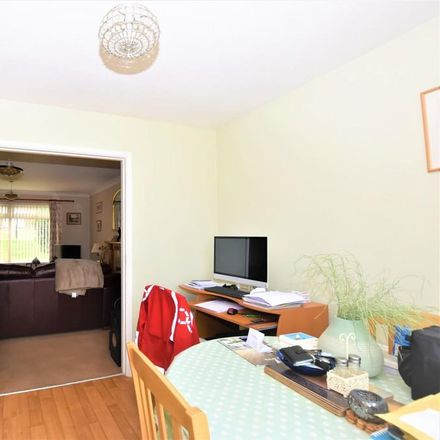 Rent this 3 bed house on Old Road in East Cowes PO32 6AU, United Kingdom