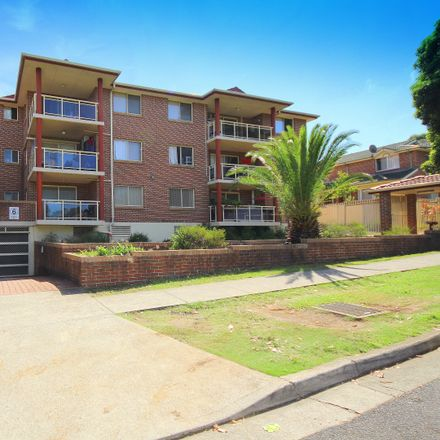 Rent this 2 bed apartment on 25/18-22 Conway Road