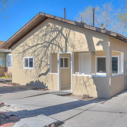 Rent this 3 bed house on 517 7th Street Southwest in Albuquerque, NM 87102