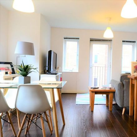 Rent this 2 bed apartment on Tunbridge Wells TN2 3GH