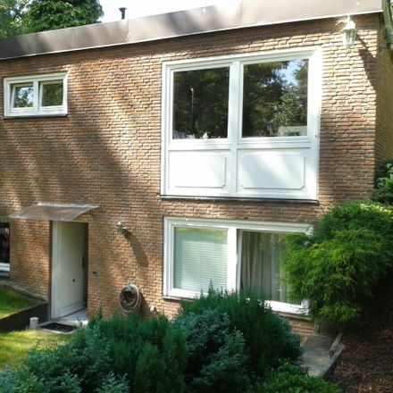Rent this 5 bed house on Klövensteenweg 61 in 22559 Hamburg, Germany