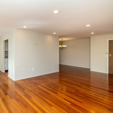 Rent this 2 bed townhouse on 2200 Bouterse Street in Park Ridge, IL 60068