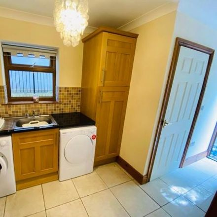Rent this 5 bed house on The Oaks in Neath, SA11 3TA
