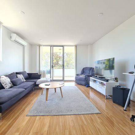 Rent this 2 bed apartment on 35/325-331 Peats Ferry Rd