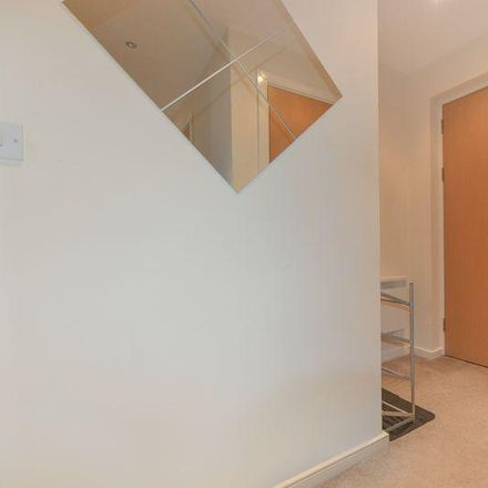 Rent this 2 bed apartment on Lock 4 in The Decks, Runcorn WA7 1GH