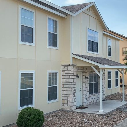 Rent this 2 bed condo on 2318 Sailing Way in Kerrville, TX 78028